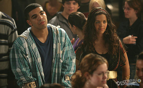 The Degrassi reunion at the AMA's made us realize how far Drake and Nina Dobrev have come