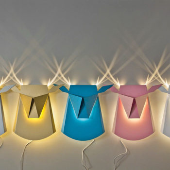 These pop-up wall lamps turn into animals when you switch them on, and we want them all, please