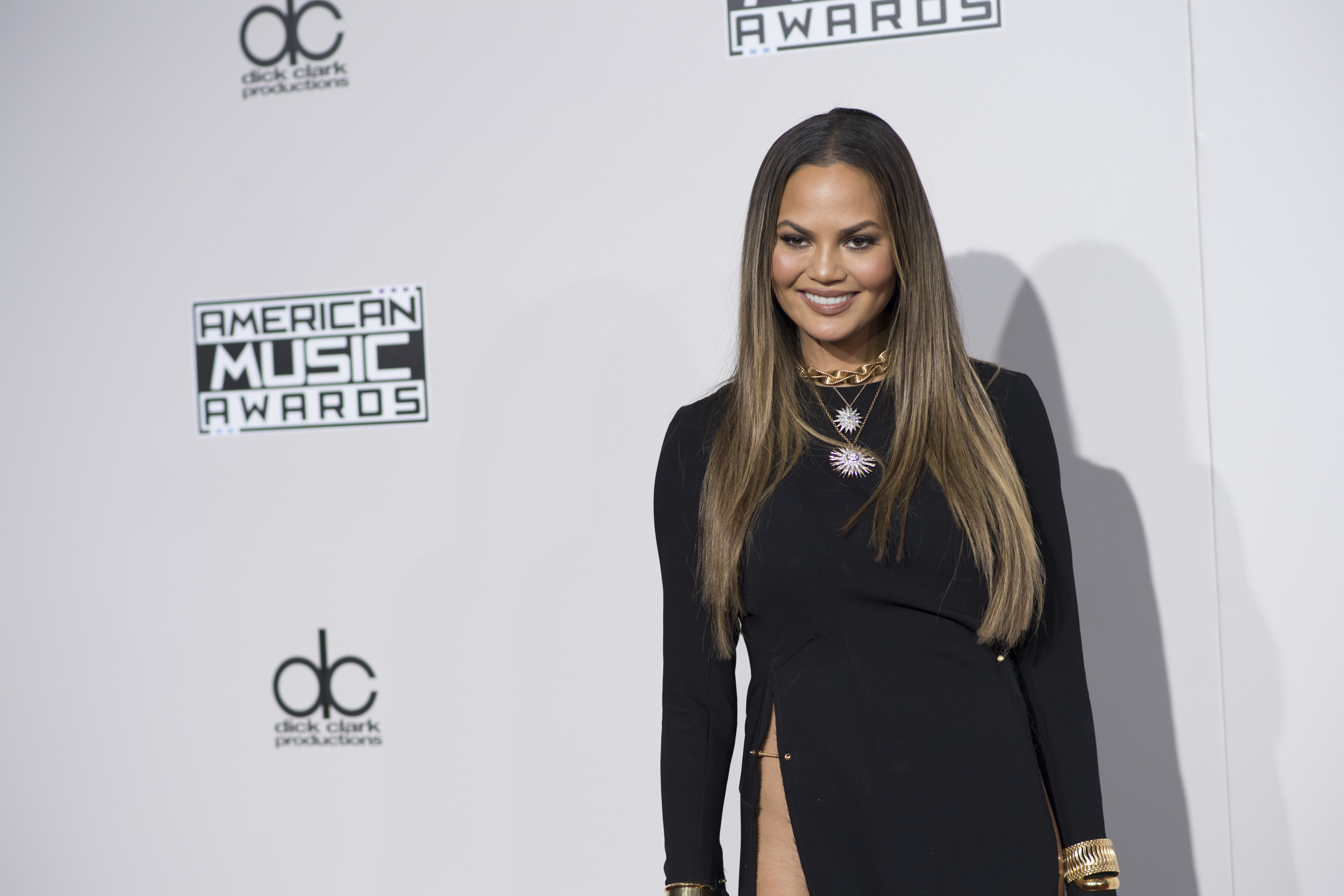 Chrissy Teigen had the best response to a Twitter troll who commented on her pubic hair, and we're cheering