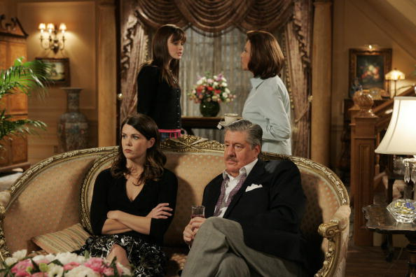 """Gilmore Girls"" was supposed to be an ""almost a tragedy"" and hold on, we're crying"