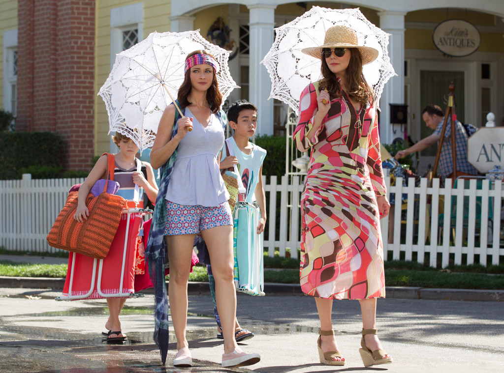 "There were *so* many callbacks to the OG ""Gilmore Girls"" series during ""Summer"""