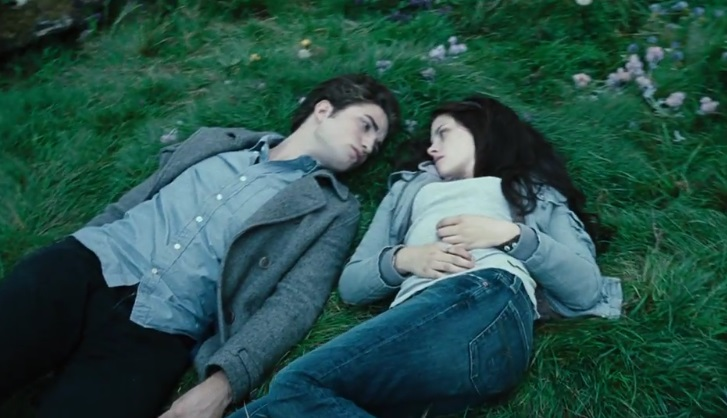 "A recent auction proved that ""Twilight"" memorabilia is still worth a *lot* of money"