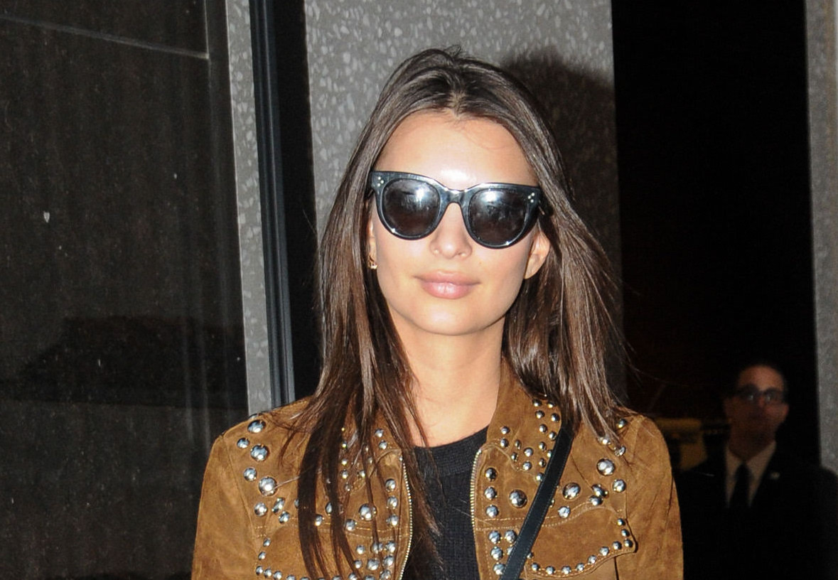 Emily Ratajkowski looked like a chic '70s rocker in this fabulous studded jacket