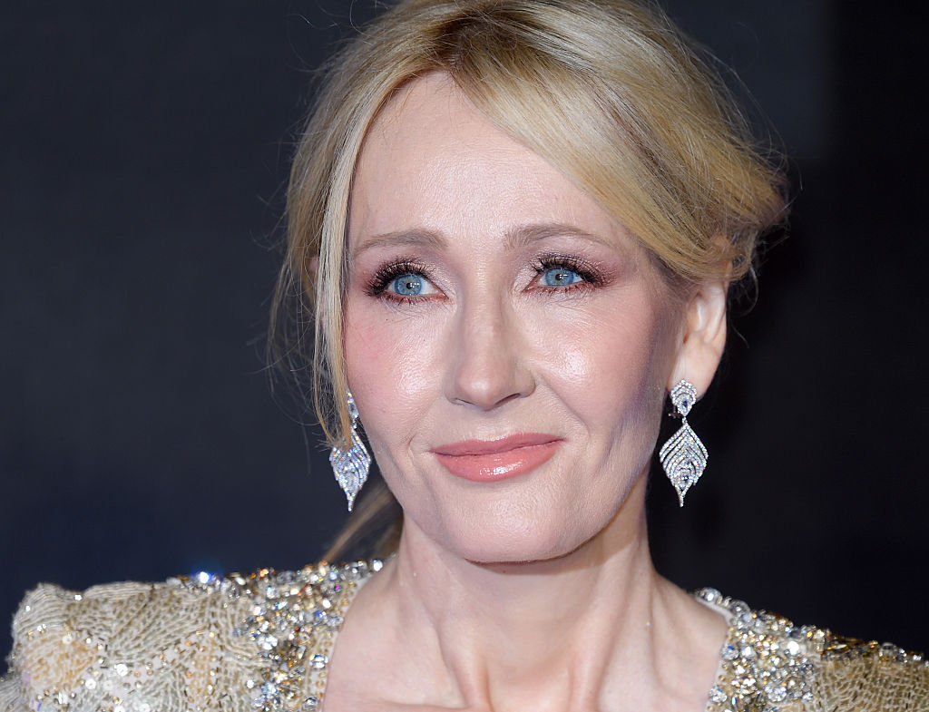 """J.K. Rowling sent a girl in Syria """"Harry Potter"""" books because she's seriously amazing"""