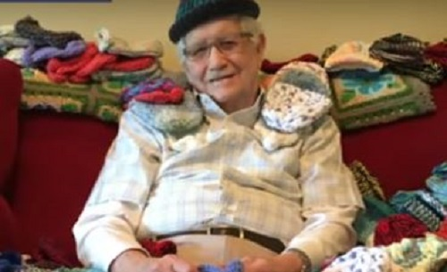 This 86-year-old man learned how to knit so he could donate hats to babies born prematurely, so there is still good in this world