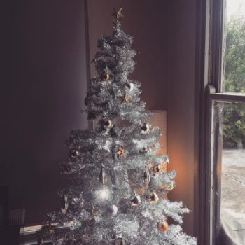 These 11 Christmas trees are giving us ~major~ holiday goals
