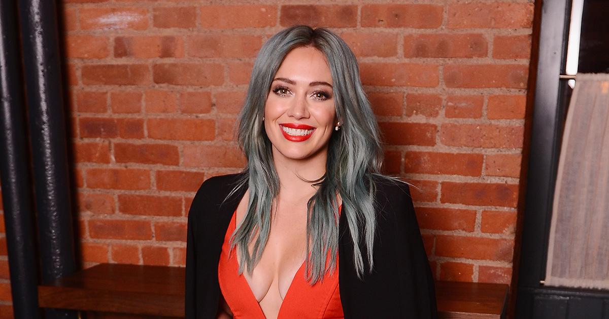 Hilary Duff just got new bangs for the holidays and we're 100% obsessed