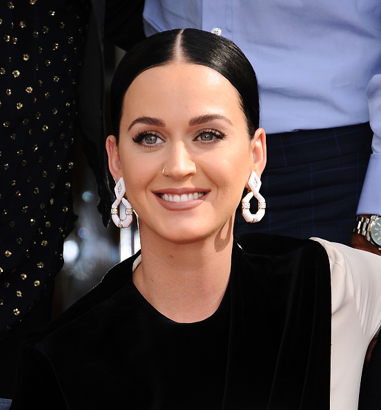 Katy Perry and Orlando Bloom wear matching PJs this Thanksgiving, giving us multiple awwww