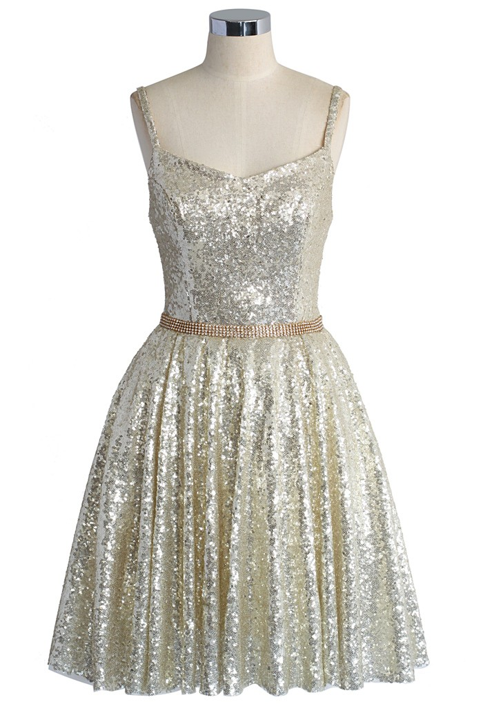 10 sparkly dresses to wear before new year 39 s eve for Glitter new years dresses