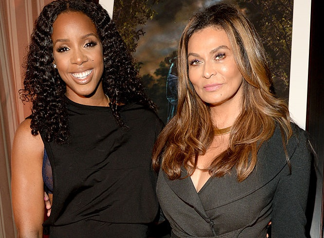 Tina Knowles and Kelly Rowland made time for after dinner squats on Thanksgiving