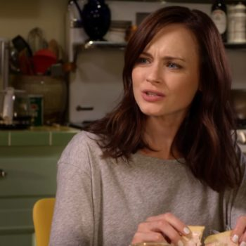 "Rory's current housing situation on ""Gilmore Girls"" is actually relatable AF"