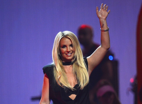 Britney Spears shared pictures of her Thanksgiving and it looks holiday-riffic