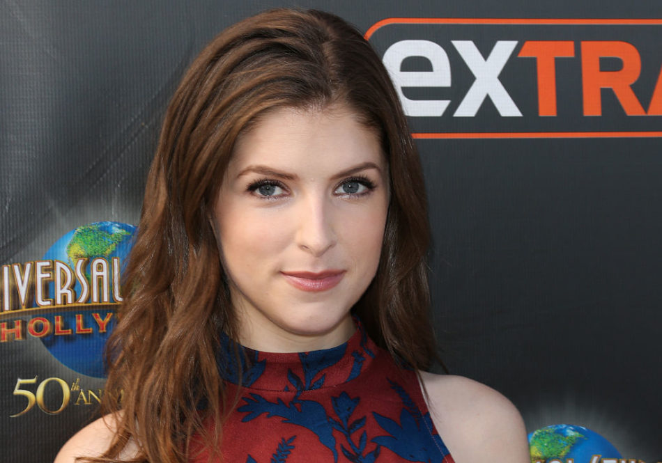 Anna Kendrick just set the mood for December with this perfect Insta that's making us hungry!