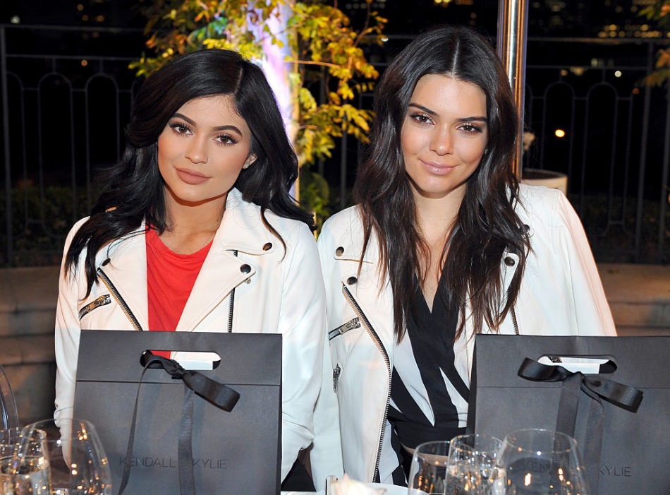 Kendall, Kylie, and Caitlyn Jenner shared the sweetest Thanksgiving family photo