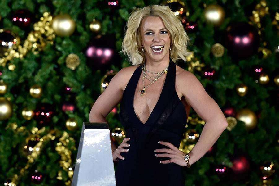 Britney Spears shared her gorgeous Christmas tree on Instagram, giving us total holiday goals