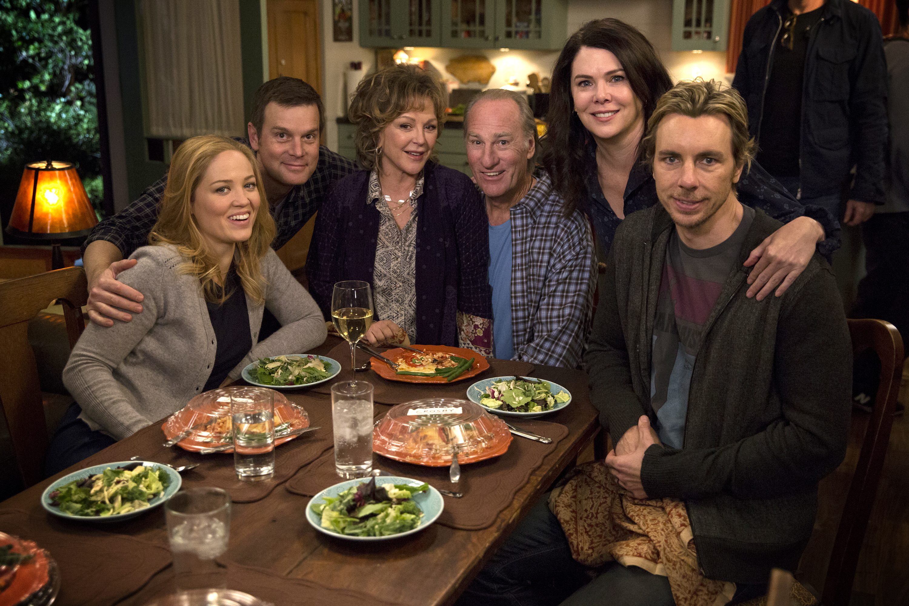 "Oh my gosh, there were MORE ""Parenthood"" cameos in the ""Gilmore Girls"" revival"