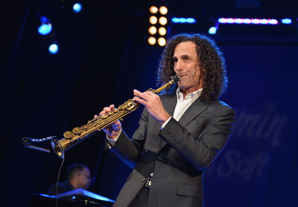 The internet lost its mind with this hilarious Kenny G tweet