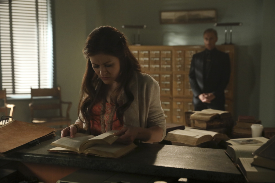 """Belle had her baby on """"Once Upon a Time,"""" but there's one heartbreaking twist"""