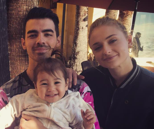 Sophie Turner and Joe Jonas definitely looked like a couple at a friend's wedding over the weekend