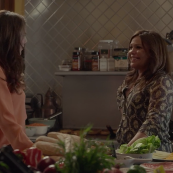 """Chef Rachael Ray says she was nervous during her role on """"Gilmore Girls,"""" and we don't blame her"""