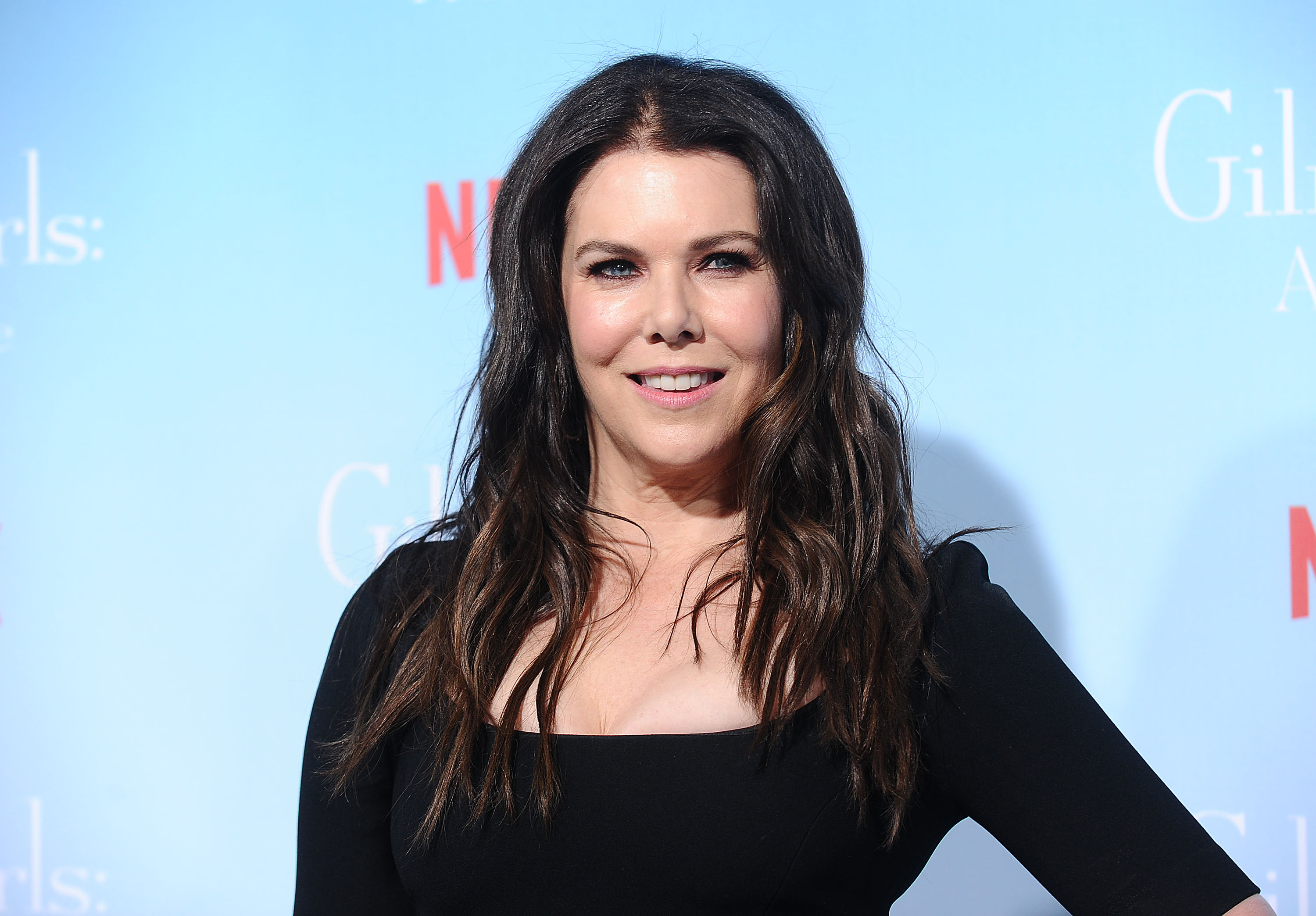 "Lauren Graham almost had to drop out of ""Gilmore Girls"" and that is our darkest timeline"