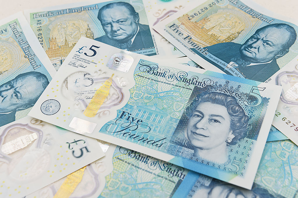 Britain's five-pound note contains animal fat and vegans are *so* not OK with this
