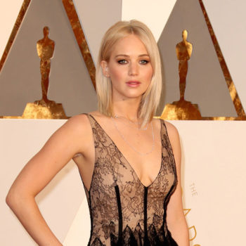 Jennifer Lawrence looks like vintage Jennifer Lawrence again