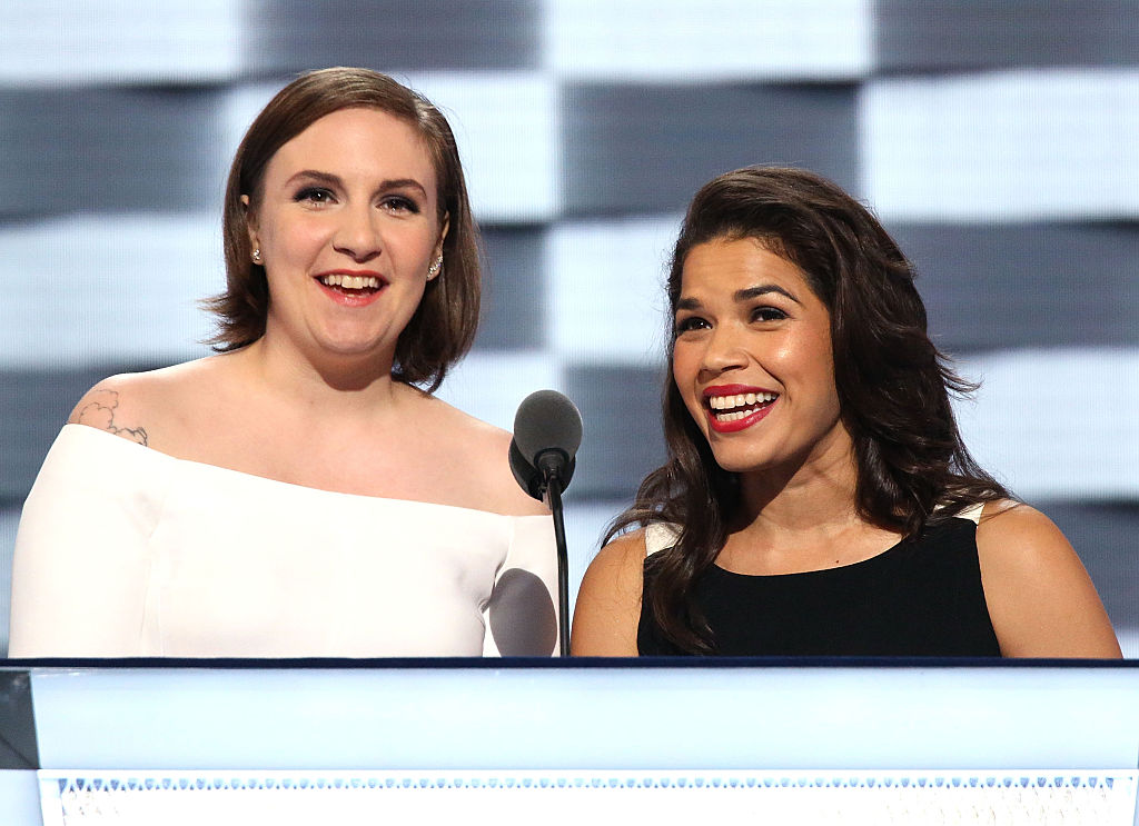 This selfie of Lena Dunham and America Ferrera is pure #friendshipgoals
