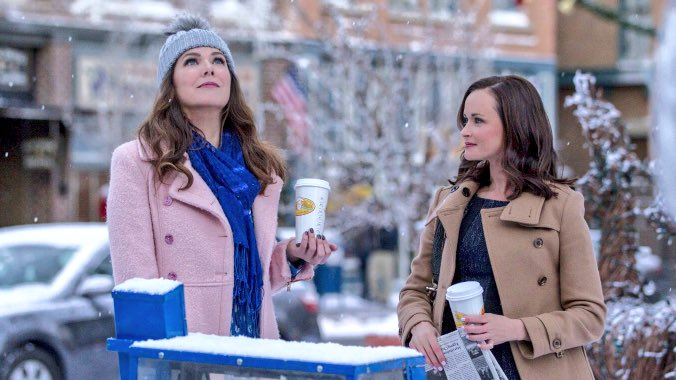 "Lauren Graham just cleared up a rumor about the coffee on ""Gilmore Girls"""