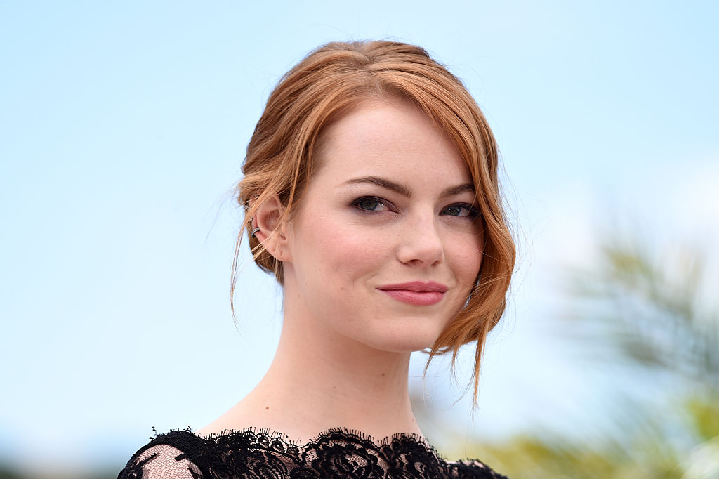 Emma Stone wore rainbow eyeshadow, and now we want to throw away our black liner