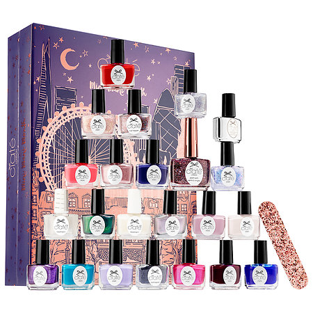 A holiday gift guide that's perfect for the nail art connoisseur in your life