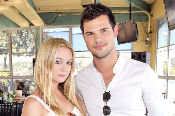 "Taylor Lautner spotted kissing ""Scream Queens"" co-star Billie Lourd on Snapchat and yeah, we ship it"