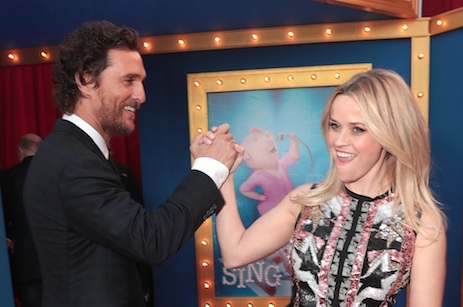 "Reese Witherspoon and Matthew McConaughey brought their kids to the ""Sing"" premiere, and it was adorable!"