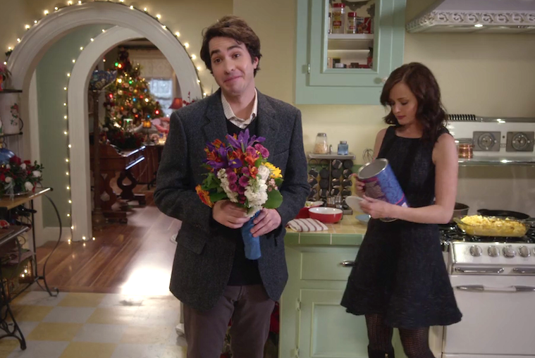"Here's what Paul has to say about his *forgettable* role on ""Gilmore Girls"""