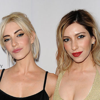 The Veronicas just made retro Hollywood glam a thing again and we're planning to rock it to every holiday party