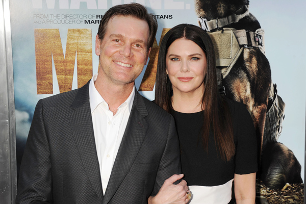 "Lauren Graham relationship with Peter Krause proves ""when you know, you know"" is totally true about love"