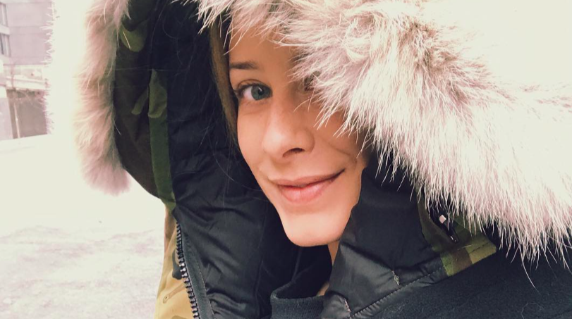 Lo Bosworth slays in this iconic New Yorker-in-the-winter look