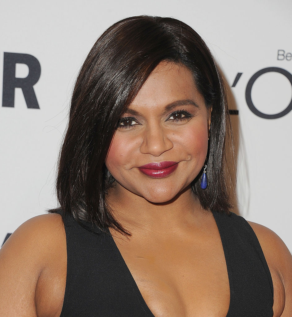 """Mindy Kaling's behind-the-scenes look at """"Ocean's Eight"""" is getting us so pumped for 2018"""