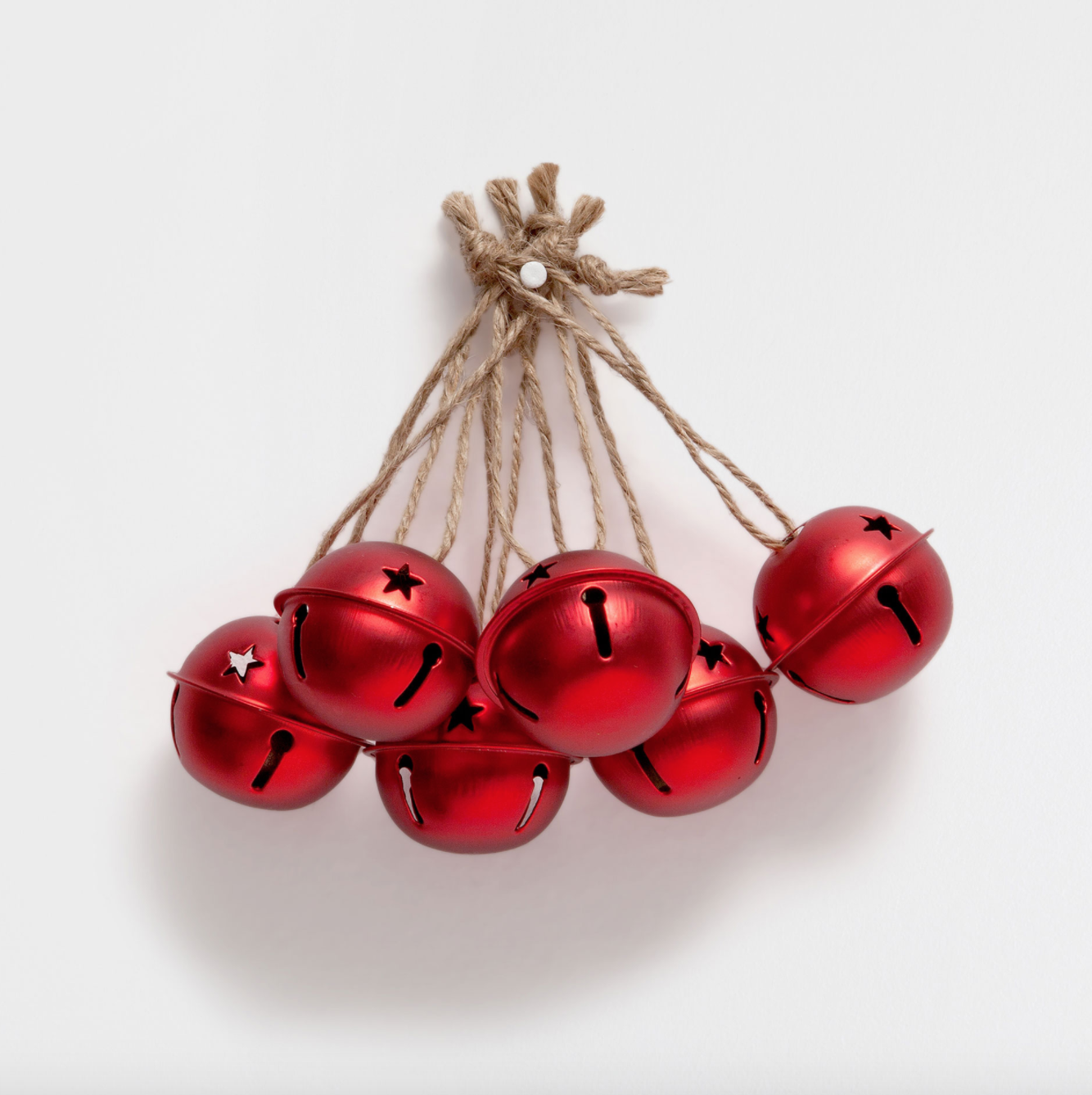 7 unexpected websites to find festive holiday decorations