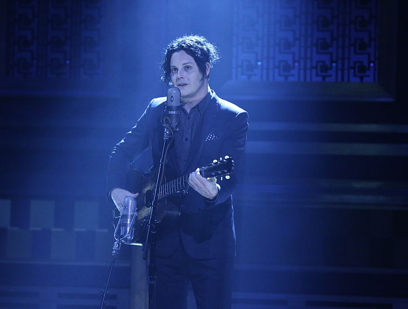 "This video of Jack White playing ""The Rose With The Broken Neck"" is simply incredible"