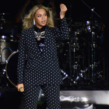"What?! Beyoncé's ""Formation"" lyric about Red Lobster was *almost* something totally different"