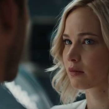 """Passengers"" shows how we're all going to dress in the year 2316 — and it's not what we expected"