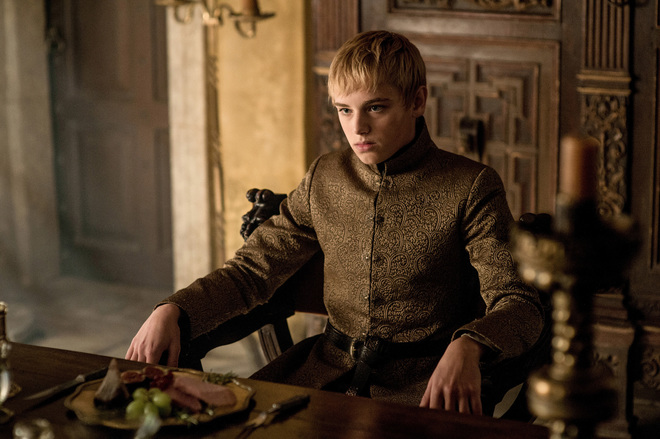 "Here's the real story behind Tommen playing *two* different characters on ""Game of Thrones"""