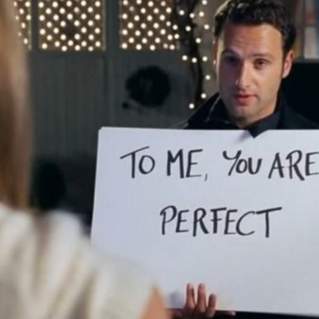 9 of the most swoonworthy romances in holiday movies