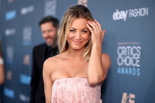 Kaley Cuoco mixed business with casual in the best way at the Critics' Choice Awards with her pink pant combo
