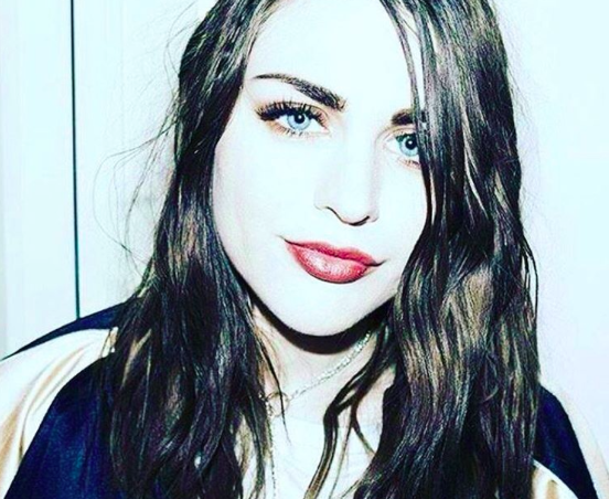 Frances Bean Cobain posted an emotional baby photo of her and dad Kurt Cobain