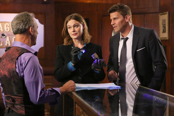 """Bones"" is officially done filming! Let the countdown to the final season begin!"