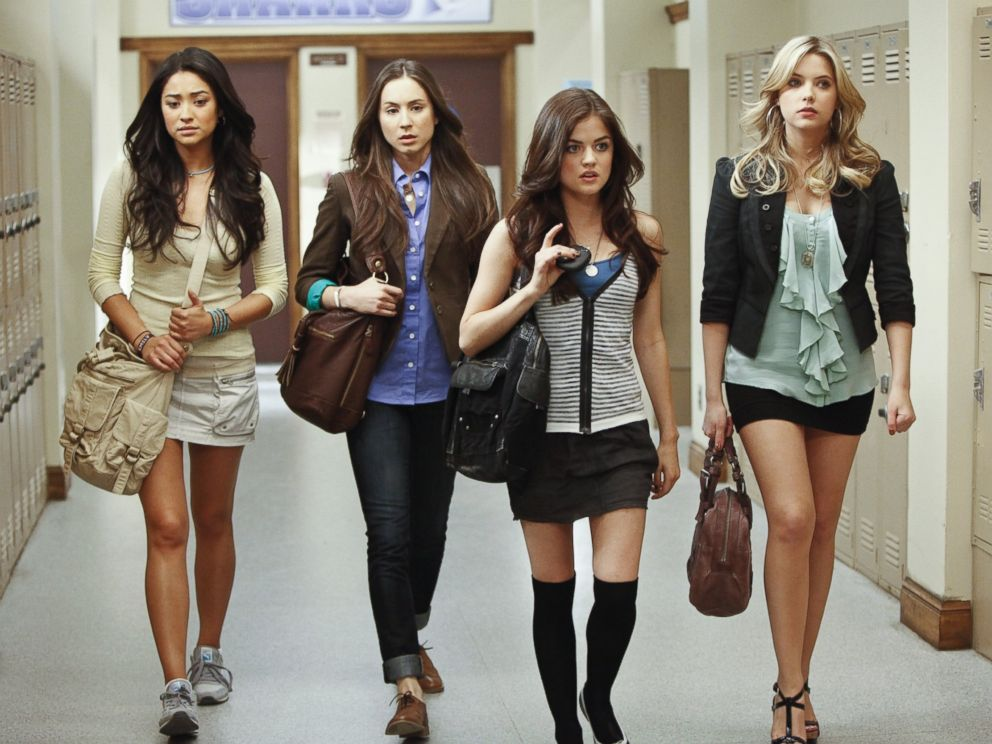 The 'Pretty Little Liars' cast just hung out, and they look *so* grown up