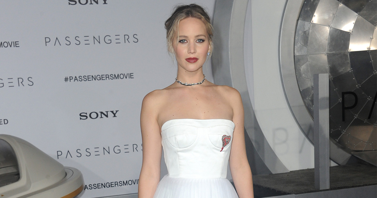 "Jennifer Lawrence says it's our ""duty"" to help others in a powerful statement against Trump's Muslim ban"