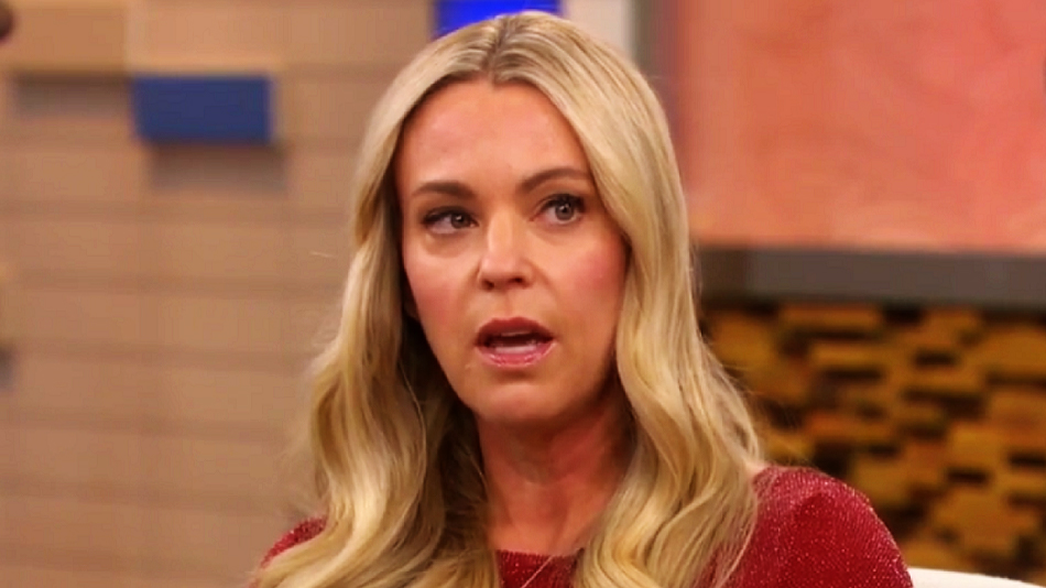 Kate Gosselin chatted with Dr. Oz about how hurtful tabloid stories can be, and we totally understand